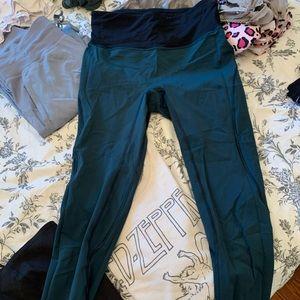 Cropped lulu leggings